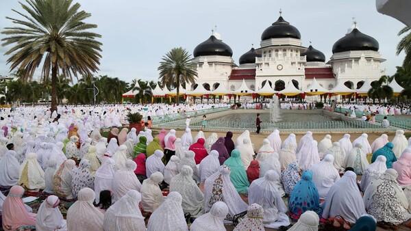 [인도네시아 코로나 현황] The worst nightmare of Indonesia in the battle against COVID-19 ...